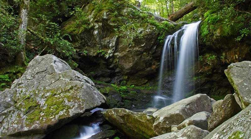 Hiking Trails in Gatlinburg TN with Waterfalls