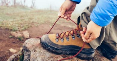 How to Tie Hiking Boots to Prevent Blisters?
